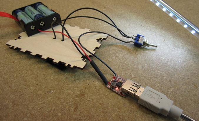 hop go sạc pin năng lượng mặt trời