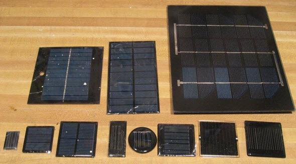 hộp gỗ sạc pin tấm năng lượng mặt trời