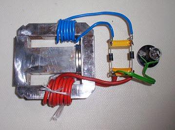 Máy phát điện năng miễn phí