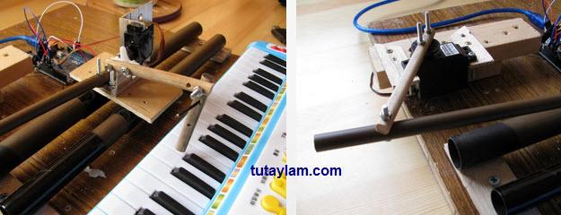 robot đàn piano