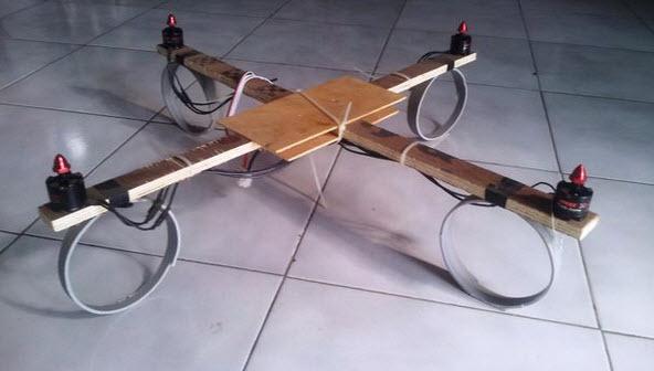 tự làm máy bay