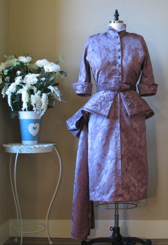 chiếc váy thời trang