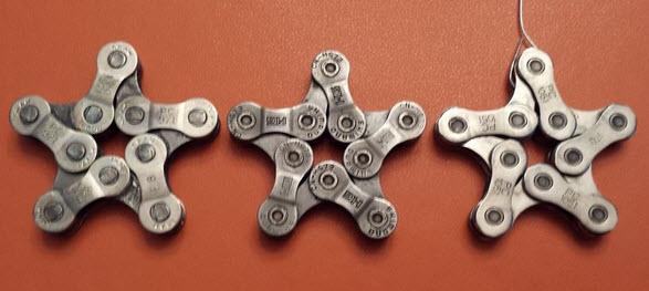 ngôi sao trang trí từ dây xích xe đạp