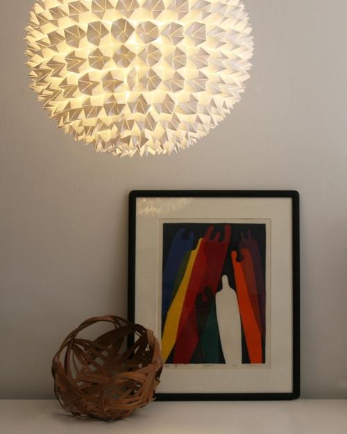 quả cầu giấy làm đèn sáng lung linh