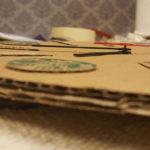 Tự làm mặt đồng hồ từ bìa giấy carton