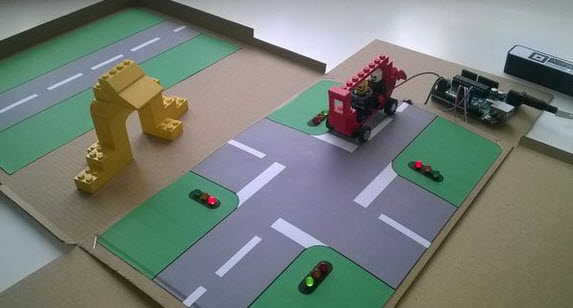 làm hộp đồ chơi mô hình đèn giao thông